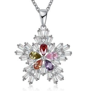 Jewelry - Crystal CZ Gemstone Snowflake Necklace|Coming_Soon